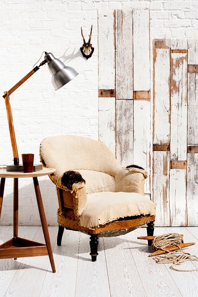 industrial wallpaper. the industrial table lamp,